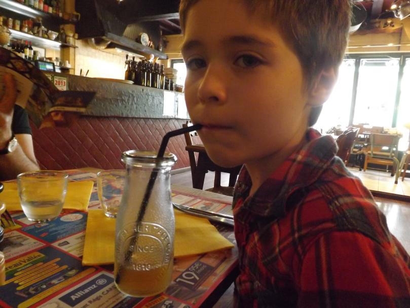 avis restaurant enfant - Journée à Laon en famille : visite des souterrains, cathédrale, restaurant …
