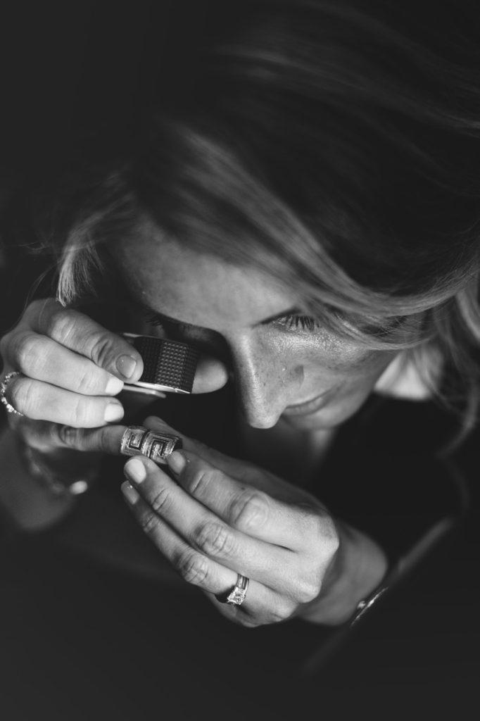 bijoutier miller 1 682x1024 - Miller : bijoux anciens, modernes et signés