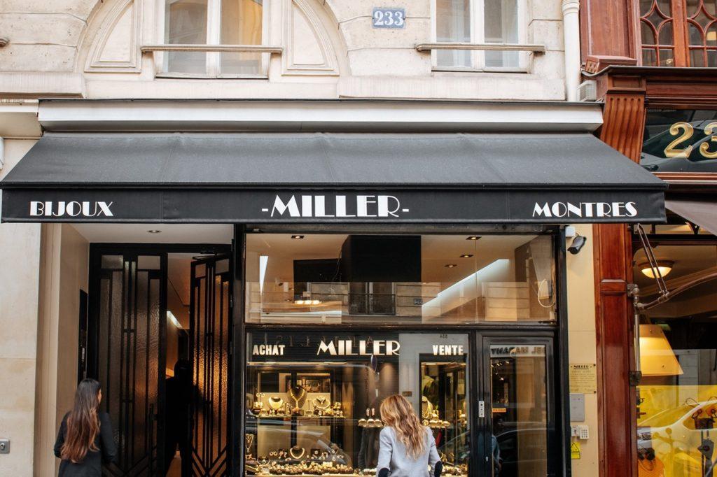 miller boutique paris 1024x682 - Miller : bijoux anciens, modernes et signés