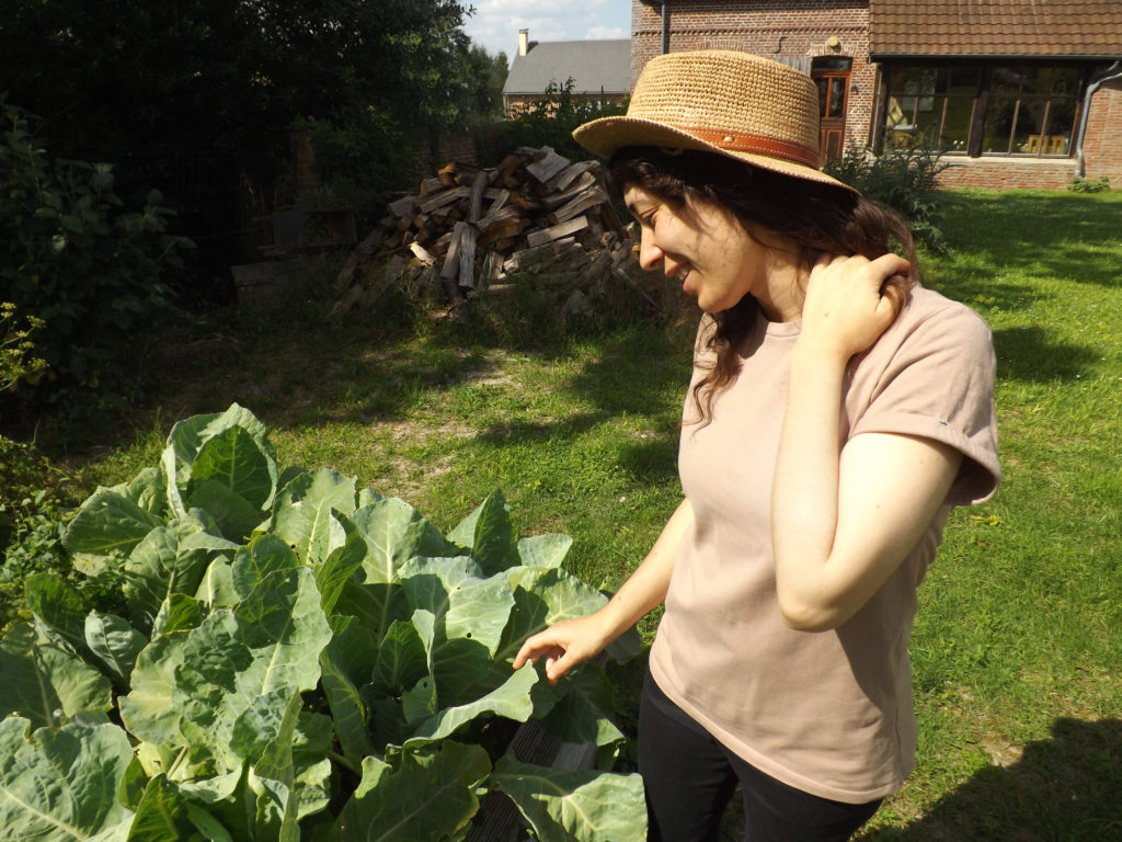 chapellerie traclet jardin 1024x768 - Mon chapeau d'été - Chapellerie Traclet