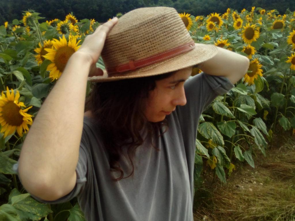 traclet chapeau champ de tournesols 1024x768 - Mon chapeau d'été - Chapellerie Traclet